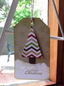 Christmas tree tag. Great one for scraps! Love how easy it is to create texture with VersaMark on the Crumb Cake base!